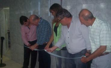 Con acto muy emotivo quedó oficialmente inaugurada la pileta climatizada del club Social