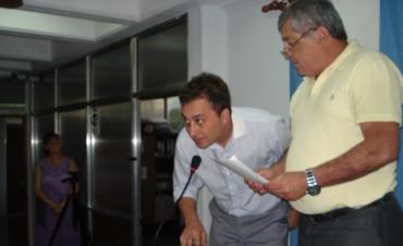 Onofri juró como concejal y reemplaza a Poletti