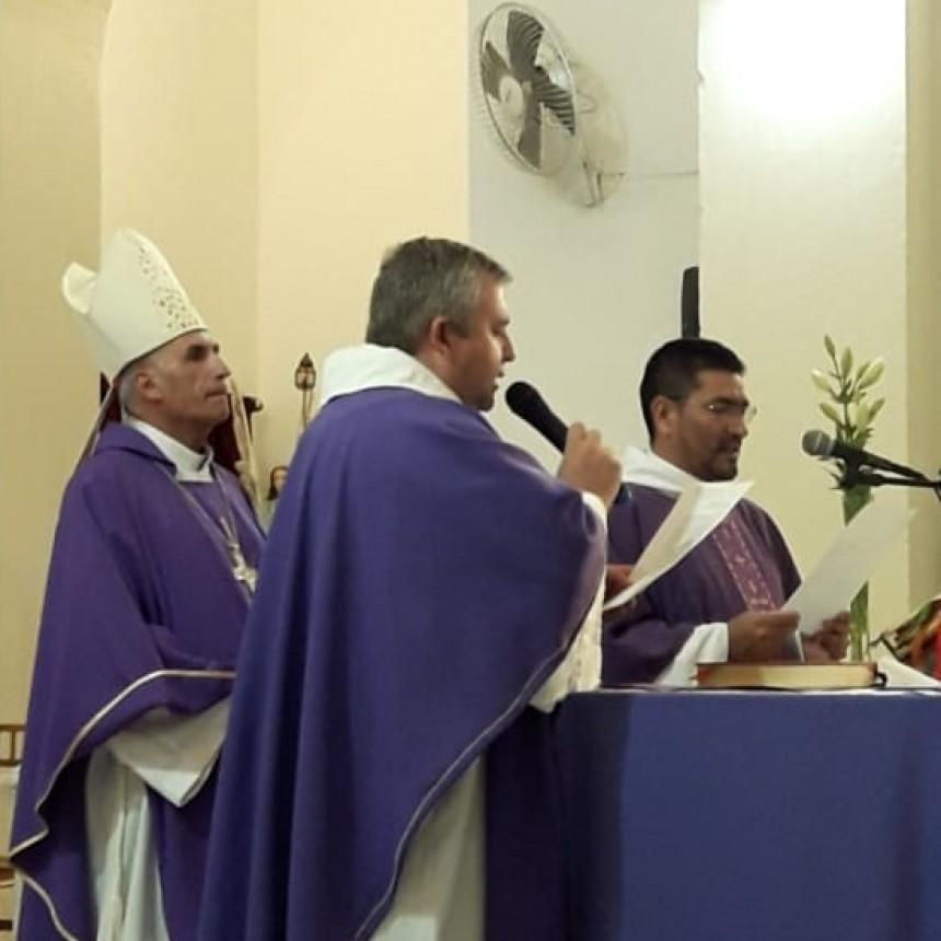 El obispo presentó a los dos nuevos párrocos en Ramallo