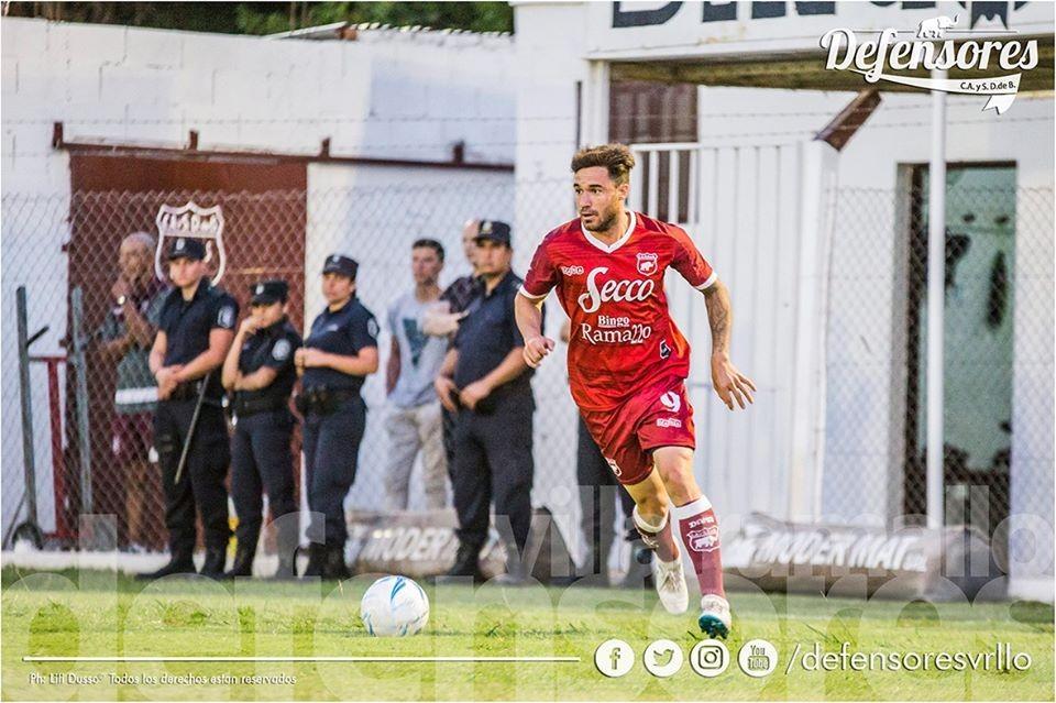 Defensores despidió el año con un triunfo y la clasificación a la fase regional de la Copa Argentina