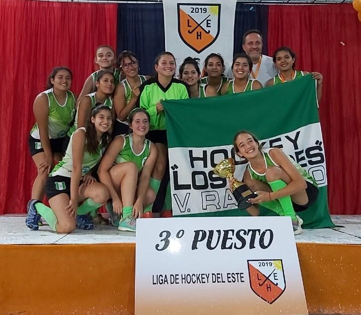 El Hockey Femenino de Los Andes fue tercero en  Sub 18