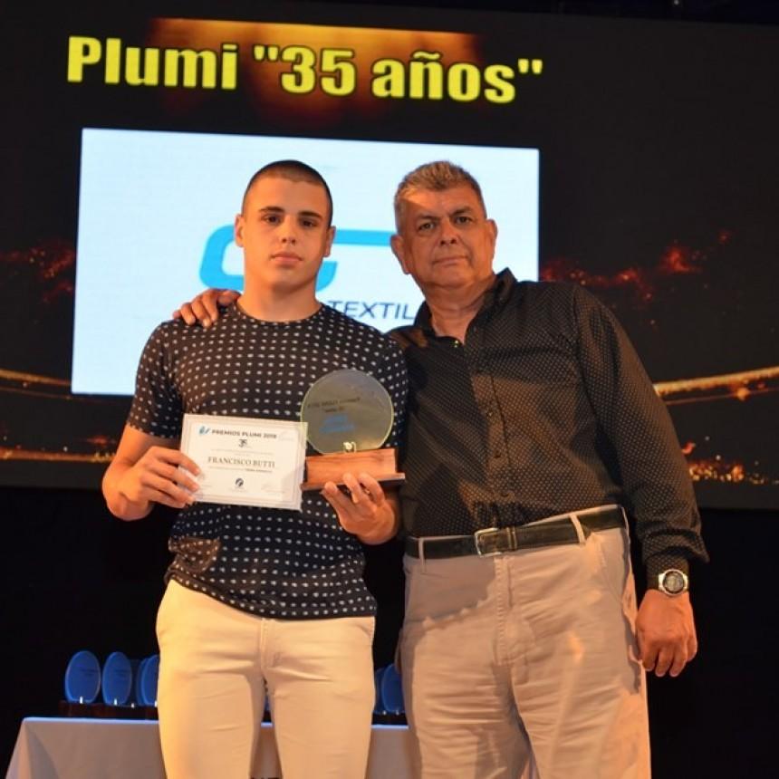 El nadador Francisco Butti fue Plumi de Ramallo