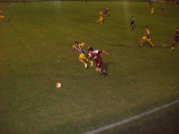Defensores cayó ante Juventud Unida de San Luis por 1 a 0